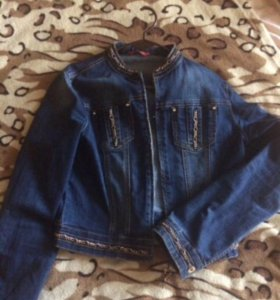 Джинсовый пиджак женский