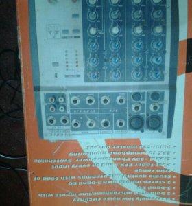Микшерный пульт PHONIC MM1002S