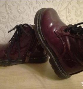 Лаковые ботиночки для девочки
