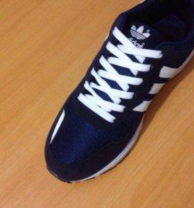 НОВЫЕ . Кроссовки . Adidas.