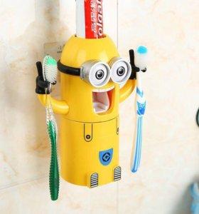 Подставка и дозатор зубной пасты Миньон.