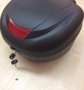 Багажник на скутер