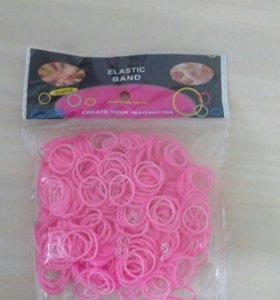 Резиночки разных цветов с крючками для плетения