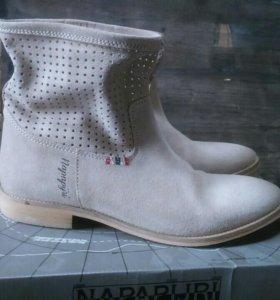 Ботинки полусапоги на весну лето Обувь Napapijri