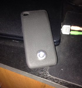Чехол - аккумулятор на айфон 4s