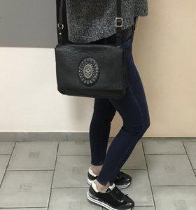 Продам стильную сумку Konplott.