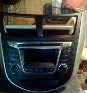 Магнитола Hyundai Solaris