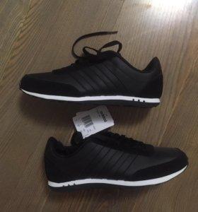 Кроссовки Adidas Neo размер U.K. 7 Новые