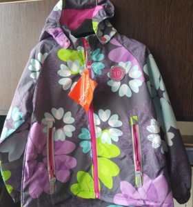 Куртка на девочку. Ветровка