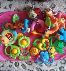 Погремушки-игрушки пакетом