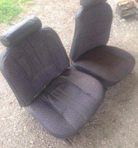 Переднии сиденья Ваз