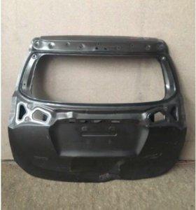 Toyota RAF 4.14 крышка багажника