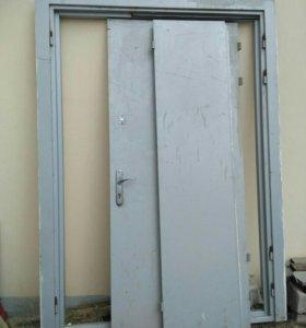 Дверь металлическая двустворчатая