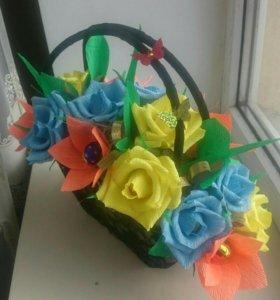 Сумочки с цветами и конфетами, от 1000 руб и выше