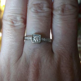 Кольцо белое золото 585 пробы бриллианты 16,5 разм