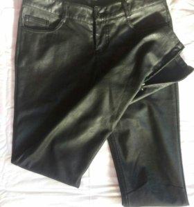 Брюки кожаные, 42-44 размер