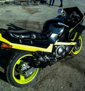 Kawasaki ZZR400-2