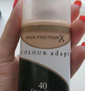 Тональный крем Max Factor Color Adapt