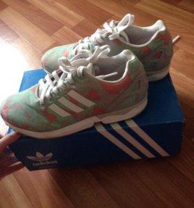 Новые кроссовки adidas zx flux