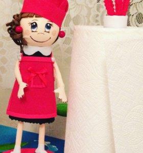 Кукла держатель для бумажного полотенца