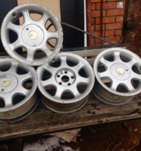 Литые легкоплавкие диски он Mitsubishi Pajero 4