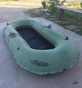 Продаю лодку Нырок