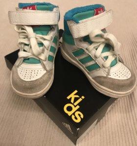 Детские кроссовки Adidas original