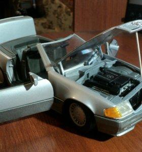 Коллекционная модель Mercedens-Benz 500 SL