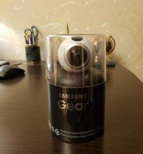 Видеокамера Экшн Samsung Gear 360