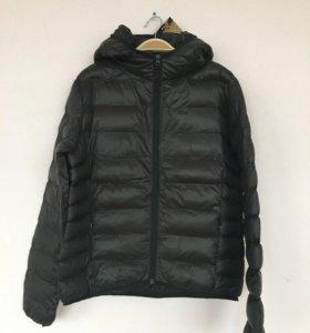 Куртка новая р-р М, новая