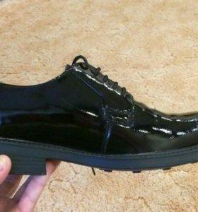 Военные лакированные туфли р. 41 и 43