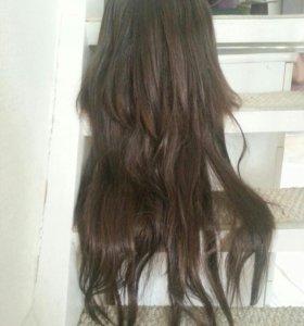 Каштановый парик