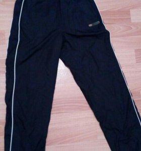 Спортивные штаны Reebok (новые)