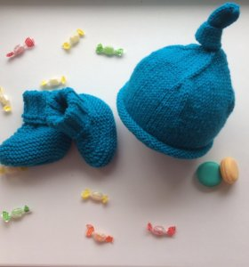 Комплект шапка пинетки