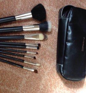 Кисточки для макияжа