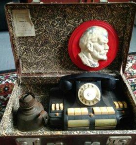 Антиквариат , ленин телефон , лампа