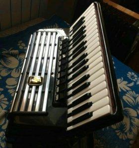 Продам германский аккордеон вельтмейстер кансона
