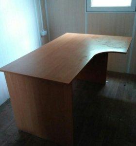 Стол офисный,для дома