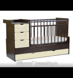 Детская кроватка с маятником в отличном состоянии