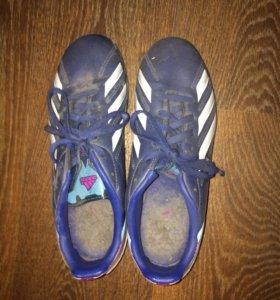 Футбольные бутсы Adidas 38-й размер