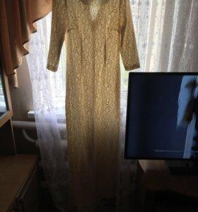 Продаётся платье , одевалось один раз на свадьбу