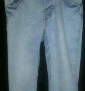 Тонкие джинсы на мальчика 9-12