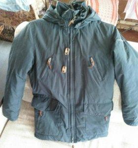 Куртка на мальчика 9-12 лет.