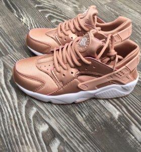 Кроссовки Nike Huareche