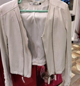 Куртка кожаная б.у. 44 р