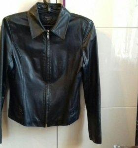 Куртка кожаная р.46