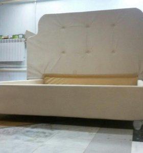 Продаётся кровать
