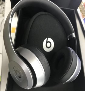 Beats solo2 wireless special edition