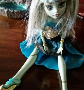 Monster high кукла