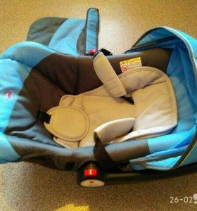 Детское автокресло-переноска